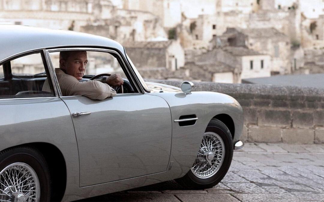 OMEGA s radostí představuje model pro agenta 007 – SEAMASTER DIVER 300M 007